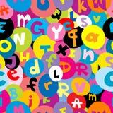 Modèle sans couture avec les lettres de l'alphabet Photos libres de droits