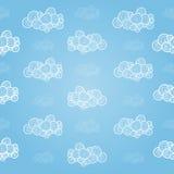 Modèle sans couture avec les nuages tirés par la main Photos stock