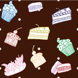 Modèle sans couture avec les pâtisseries tirées par la main, petits gâteaux Photos libres de droits