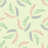 Modèle sans couture avec les plumes tirées par la main Image stock