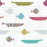 Modèle sans couture avec les poissons, les rayures et les Bu tirés par la main mignons d'air illustration libre de droits