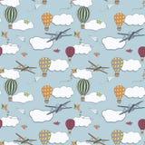 Modèle sans couture, baloons tirés par la main d'air chaud volant dans le ciel bleu Photos stock