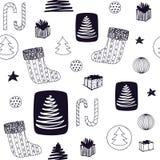 Modèle sans couture coloré de nouvelle année avec le bas de Noël, sucrerie, arbre de Noël, cadeaux d'ANG de boules Vecteur tiré p image stock