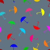 Modèle sans couture coloré de parapluie Photos stock