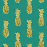Modèle sans couture d'ananas sur le fond vert disposé verticalement Photographie stock libre de droits