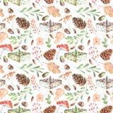 Modèle sans couture d'automne avec des cônes de sapin d'aquarelle, des bateaux de papier, des branches d'arbre de sorbe et des ba Photo libre de droits