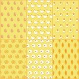 Modèle sans couture d'illustration de vecteur des plats de poulet et d'oeufs Image libre de droits