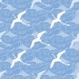Modèle sans couture d'oiseaux de grue Image libre de droits