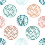 Modèle sans couture de cercle texturisé coloré, bleu, rose, orange, point de polka grunge rond vert illustration libre de droits