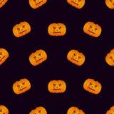 Modèle sans couture de Halloween avec le potiron sur le fond noir Photos libres de droits
