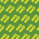 Modèle sans couture de pantoufles jaunes Photos libres de droits