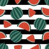 Modèle sans couture de pastèque sur le fond rayé Illustration de vecteur Photo libre de droits