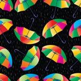 Modèle sans couture de pluie de parapluie Photos libres de droits