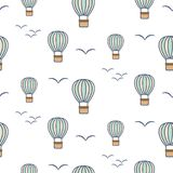 Modèle sans couture de vecteur chauds de ballons à air et d'oiseaux illustration de vecteur