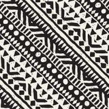 Modèle sans couture de vecteur tribal noir et blanc avec des éléments de griffonnage Copie aztèque d'art abstrait Main ornemental Images libres de droits