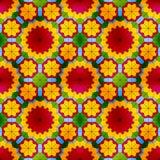 Modèle sans couture en verre souillé avec les fleurs rouges Photo libre de droits
