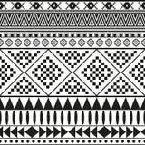 Modèle sans couture ethnique aztèque, fond noir et blanc tribal de couleur Images libres de droits