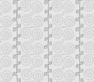 Modèle sans couture ethnique gris tiré par la main dans le style de griffonnage Photo stock