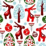 Modèle sans couture mignon avec les boules, le renne et l'arbre de Noël Photographie stock libre de droits