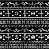 Modèle sans couture noir et blanc tribal de répétition Photos stock