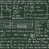 Modèle sans couture sur le tableau noir vert avec le texte d'écriture et les formules mathématiques Photos stock