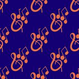 Modèle sans couture sur un thème musical avec la clé et les notes de violon dessinées à la main Photo libre de droits