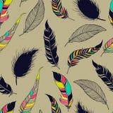 Modèle sans couture tribal de plume Photo stock