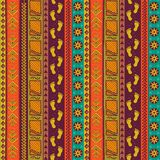 Modèle sans couture tribal ethnique Texture folklorique tirée par la main Image libre de droits