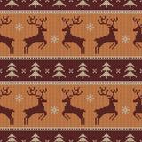 Modèle sans couture tricoté avec des cerfs communs Vecteur Image stock