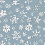 Modèle simple sans couture de différents flocons de neige géométriques bleus Photo stock