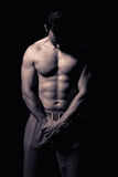 Modèle sportif de forme physique d'homme Image stock