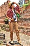 Modèle thaïlandais de femme de portrait chez Prasat Nakhon Luang, ruine d'Ayutthaya Thaïlande Photographie stock libre de droits