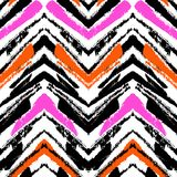 Modèle tiré par la main multicolore avec des lignes de zigzag Photos libres de droits