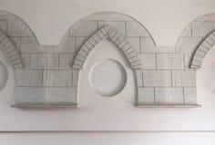 Modèle traditionnel d'arabesque sur le mur image stock