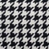 Modèle tricoté noir et blanc de pied-de-poule Images libres de droits