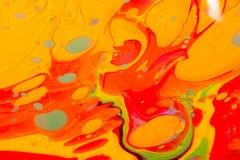 Modèles abstraits de peinture sur le fond coloré Photo libre de droits