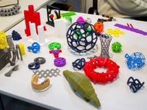 Modèles abstraits imprimés par le plan rapproché de l'imprimante 3d Image libre de droits