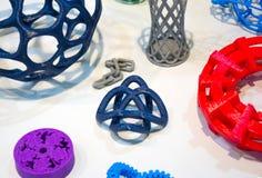 Modèles abstraits imprimés par le plan rapproché de l'imprimante 3d Images stock