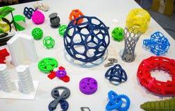 Modèles abstraits imprimés par le plan rapproché de l'imprimante 3d Photo stock