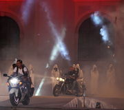 Modèles cachés sur des motos Photos libres de droits