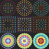 Modèles géométriques sur un fond noir Photographie stock