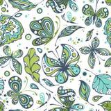 Modèles sans couture avec des papillons Image libre de droits