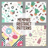 Modèles sans couture d'éléments géométriques à la mode réglés Memphis Style Abstract Backgrounds Affiche de conception moderne Images libres de droits
