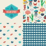 Modèles sans couture des symboles et du label marins illustration libre de droits