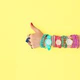 Mod akcesoria ustawiający strój Tak gest minimalizm Obrazy Royalty Free