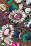 Mod jewelrys Moda klejnoty jako tło Jewellery tekstura Mnóstwo Jewells w teksturze Jewellery tło zdjęcie stock