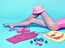 Mod ubrania elegancki set, akcesoria kobieta iść na piechotę Obrazy Royalty Free