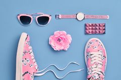 Moda Accesorios de la mujer del inconformista fijados Color en colores pastel Fotos de archivo