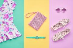 Moda Accesorios de la ropa fijados equipo mínimo Fotografía de archivo