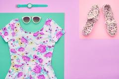Moda Accesorios de la ropa fijados equipo mínimo Fotos de archivo libres de regalías
